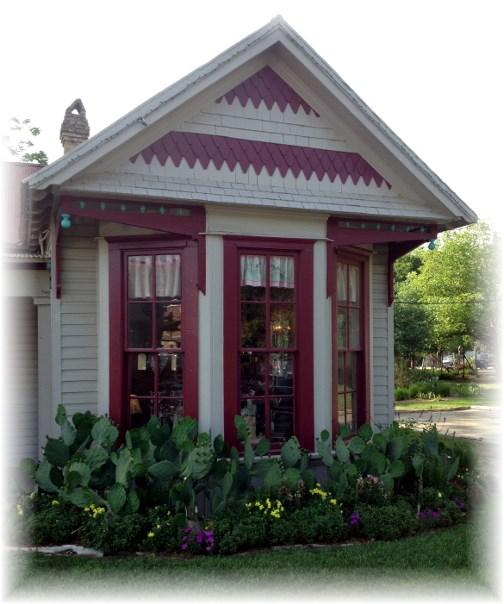 Gruene Texas gingerbread house 4/27/14