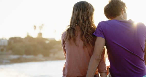 10-things-a-man-does-if-he-really-loves-you-do-you-agree
