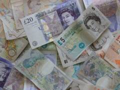 Bargain Hunters Push Sterling Higher