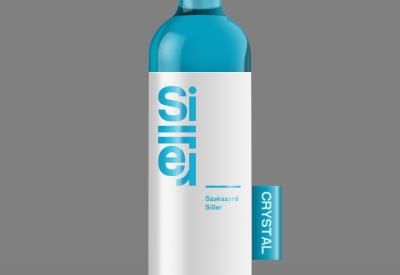 Free Wine Bottle PSD Mockup Template Download