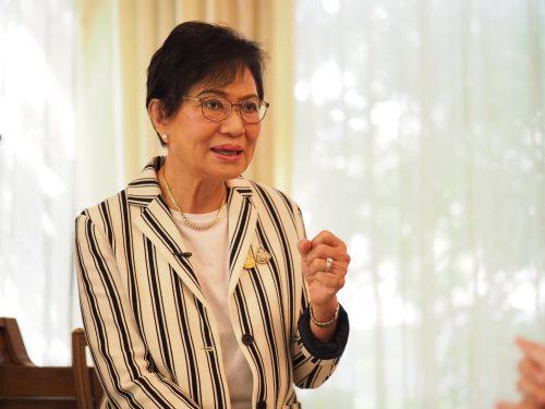 คุณหญิงกัลยา โสภณพนิช รัฐมนตรีช่วยว่าการกระทรวงศึกษาธิการ