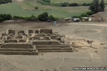El Paraiso Ancient Pyramid Bulldozed Destroyed Peru