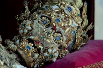 Bejeweled Saint Benedictus