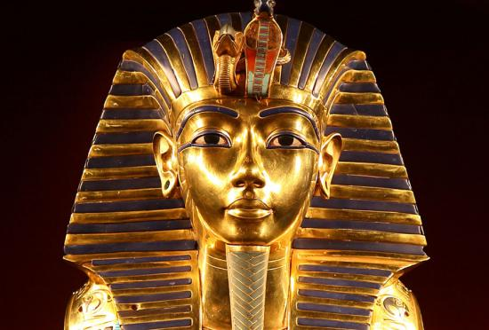 Image Tutankhamun tomb secret chamber hidden Egypt Nefertiti Egyptology