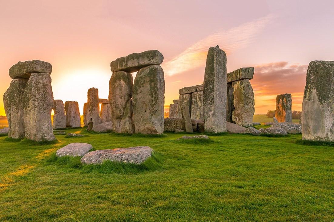 Stonehenge megaliths