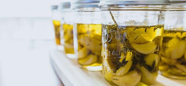 Homemade Garlic Oil