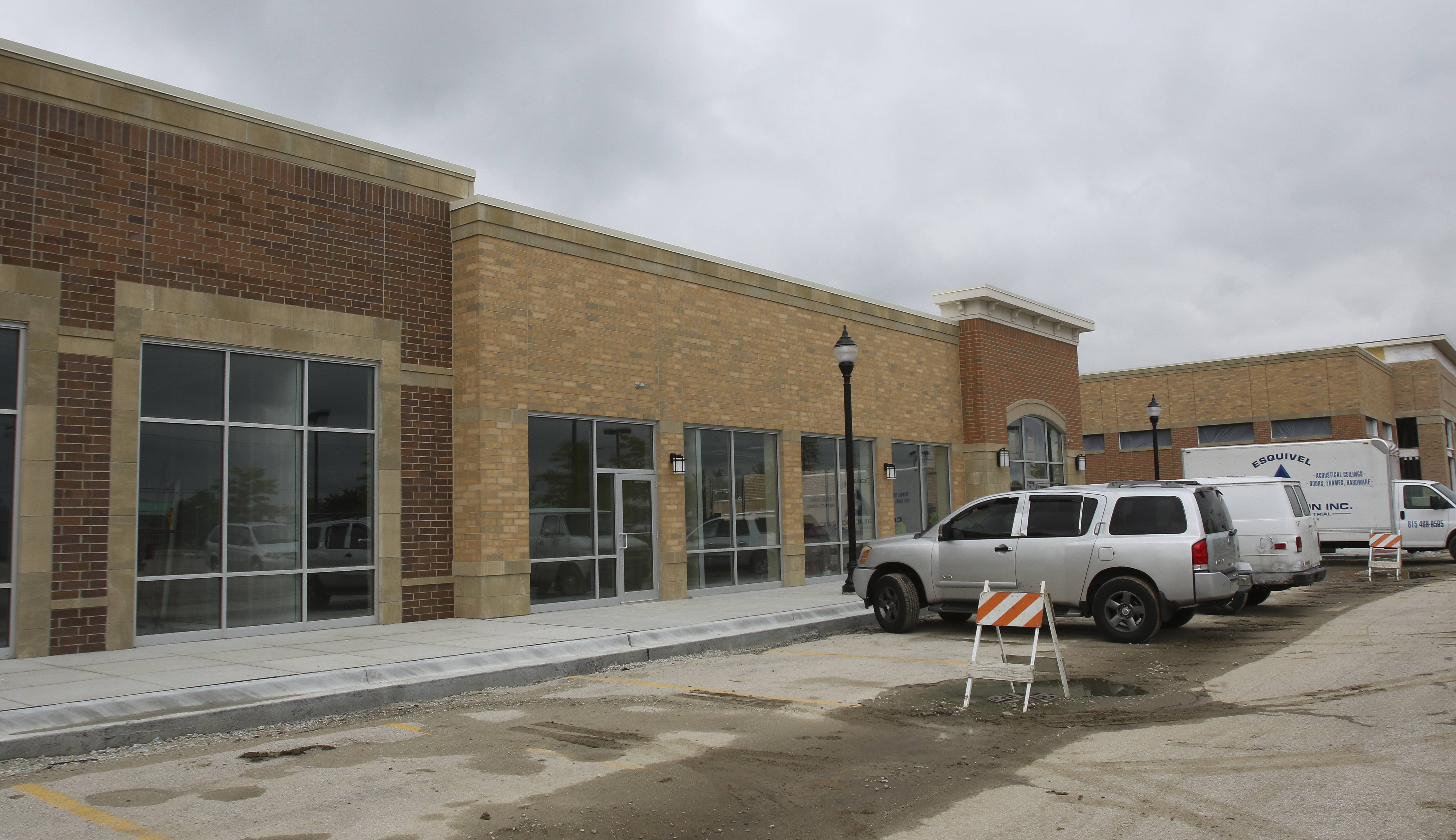 Ten Friends Blow Dry and Style House could be one of two Naperville hair salons allowed to seek a new liquor license to sell up to two 12-ounce beers or two 6-ounce wines to guests. The salon plans to open this fall at 95th Street and Route 59.