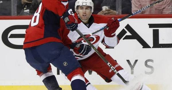 Red-hot Capitals put up 5-spot again, shut out Hurricanes