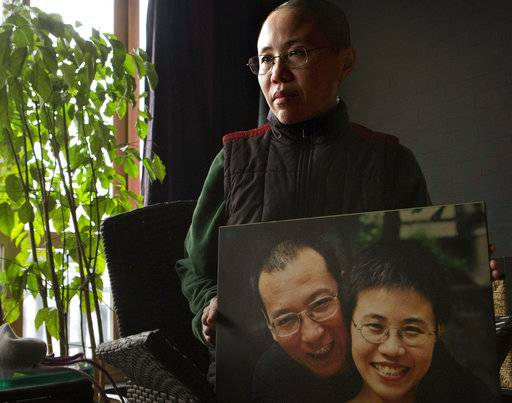 US envoy: China should allow Nobel laureate treatment abroad