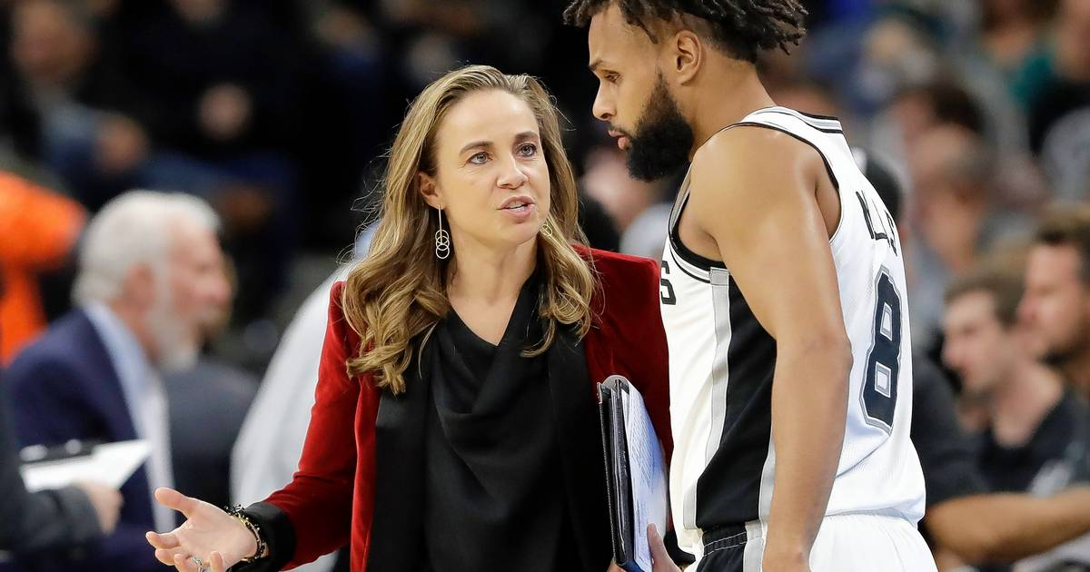 Could Nba S Becky Hammon Become First Female Head Coach Of
