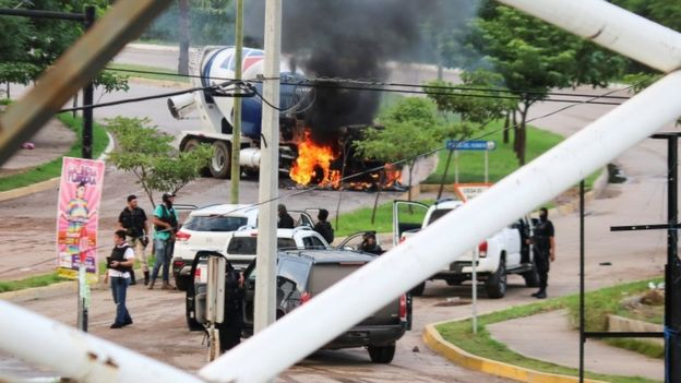 El Chapo: Mexican Authorities free drug lord's son as Culiacán battle erupts