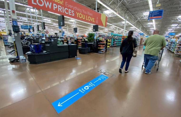 American Retailers Limiting the Customers That Can Enter Stores