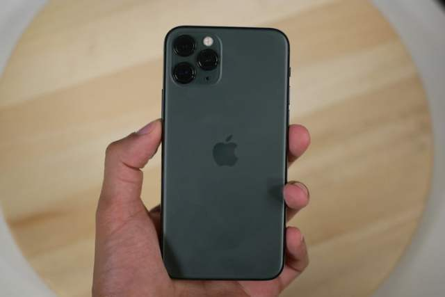 iPhone 11 Pro Back In hand