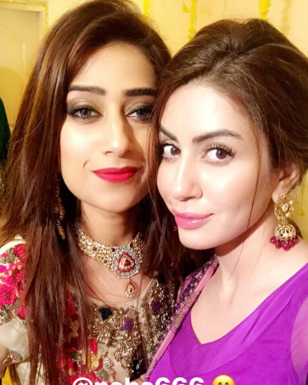 Saba Faisal Celebrating her Wedding Anniversary with her Family