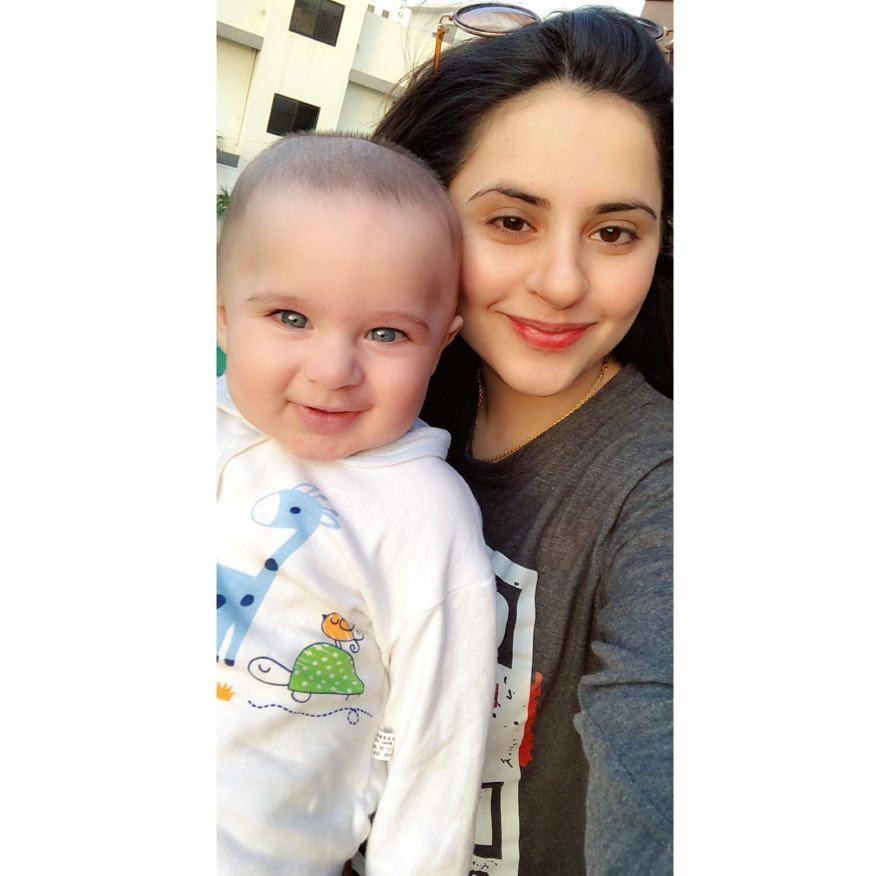Awesome Photos of Kanwar Arslan and Fatima Effendi with their Kids