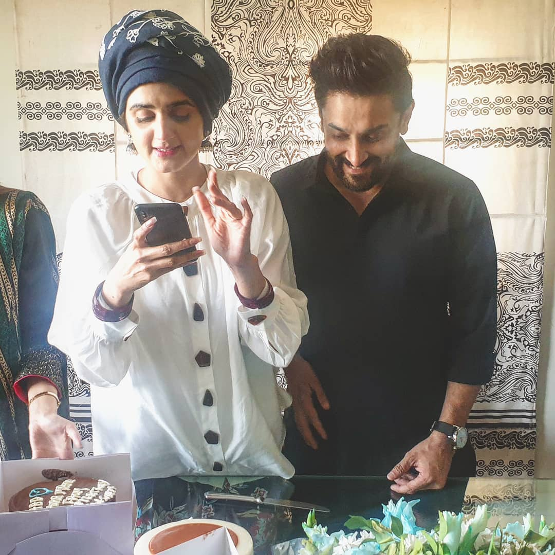 New Photos of Hira and Mani with their Kids