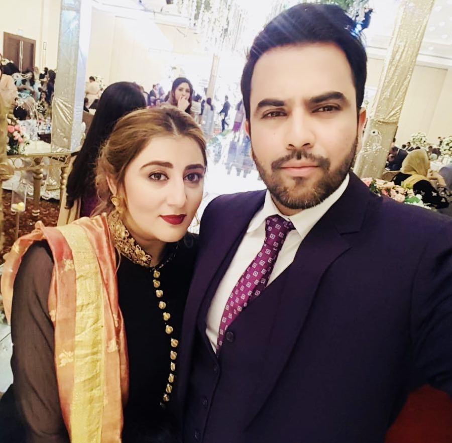 New Photos of Junaid Khan with his Wife Amna and Son Nael