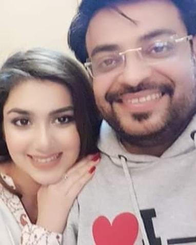 New Photos of Amir Liaquat with his Wife Syeda Tuba Amir
