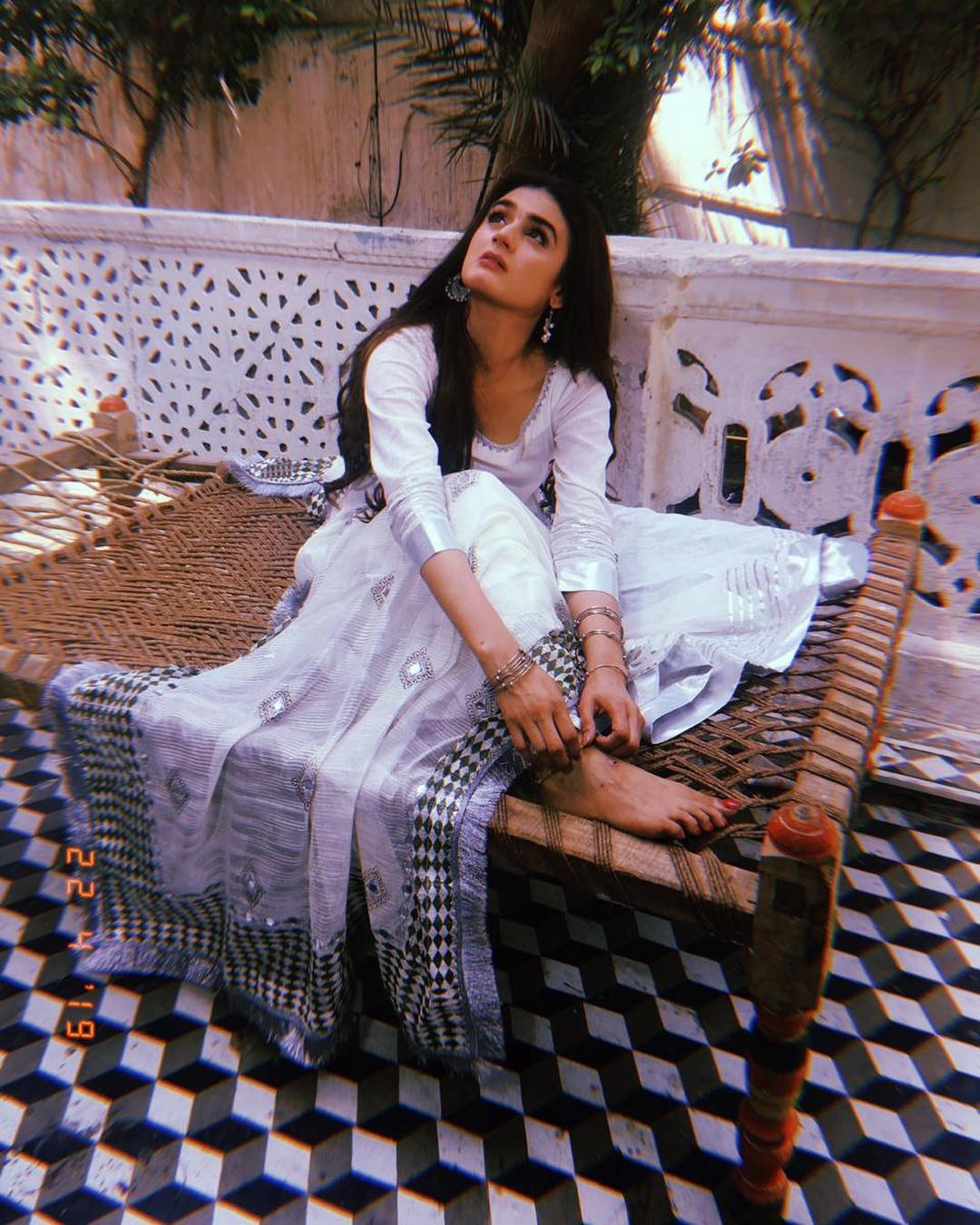 Awesome New Photos of Hira Mani