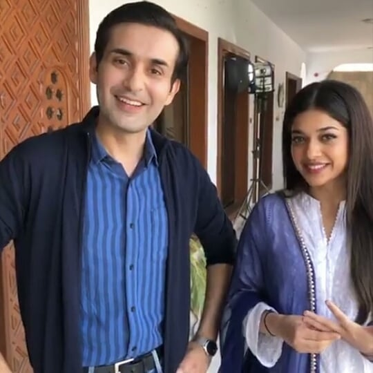 Awesome Photos of Sanam Jung with her Husband and Daughter