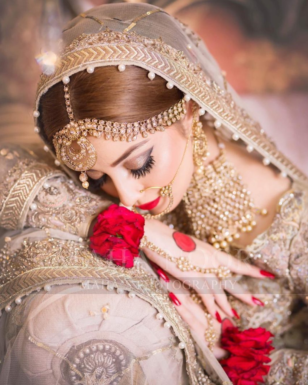 New Awesome Bridal Photoshoot of Alizeh Shah for Faizas Salon