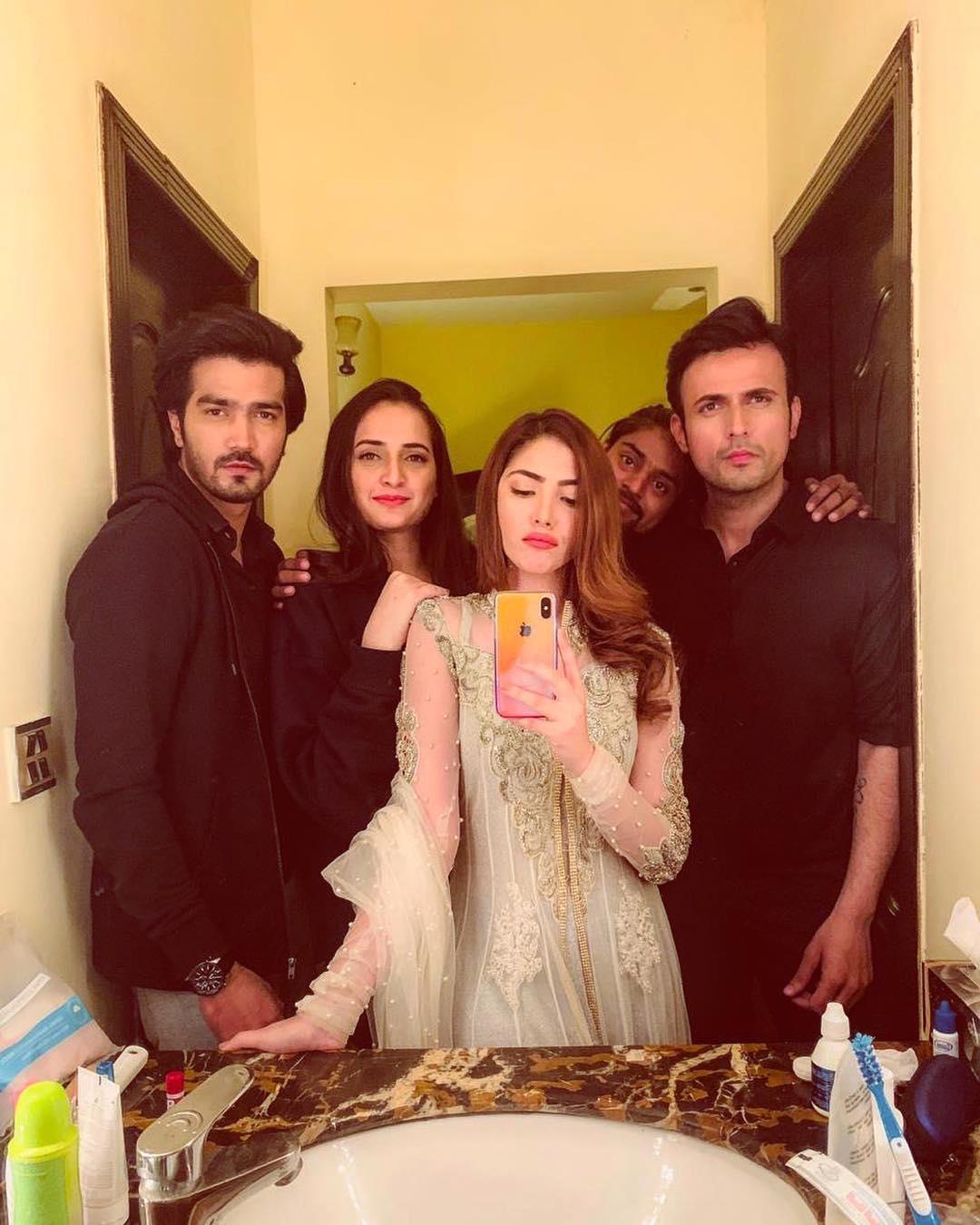 Awesome Photos of Usman Mukhtar and Naimal Khawar on Set of Drama Anaa