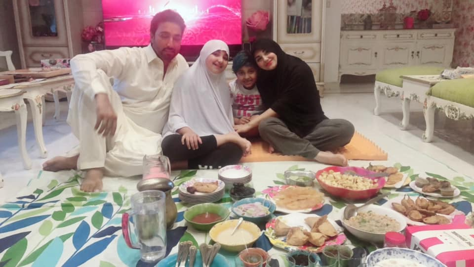 New Photos of Javeria Saud with her Family