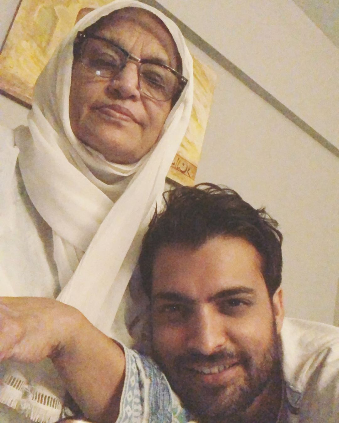 Awesome Photos of Pakistani Celebrities with their Mothers on Mother's Day