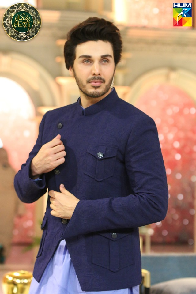 Awesome Photos of Bushra Amir and Ahsan Khan in Today's Hum Tv Ramzan Transmission