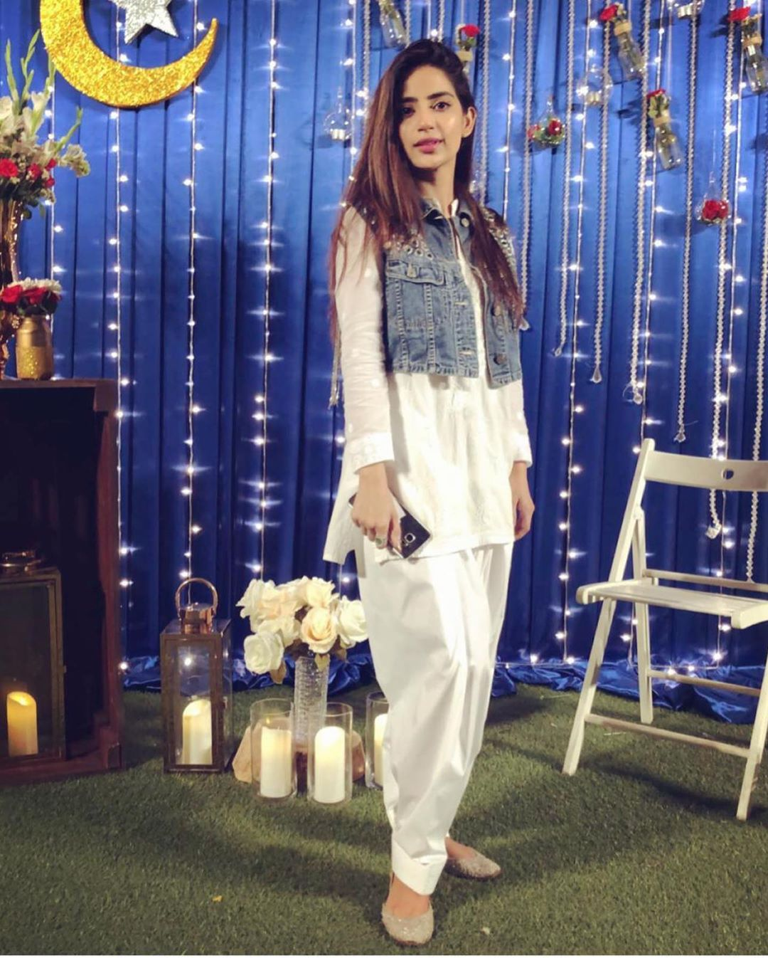 Awesome Photos of Zara Noor and Saboor Aly at Iftar Party