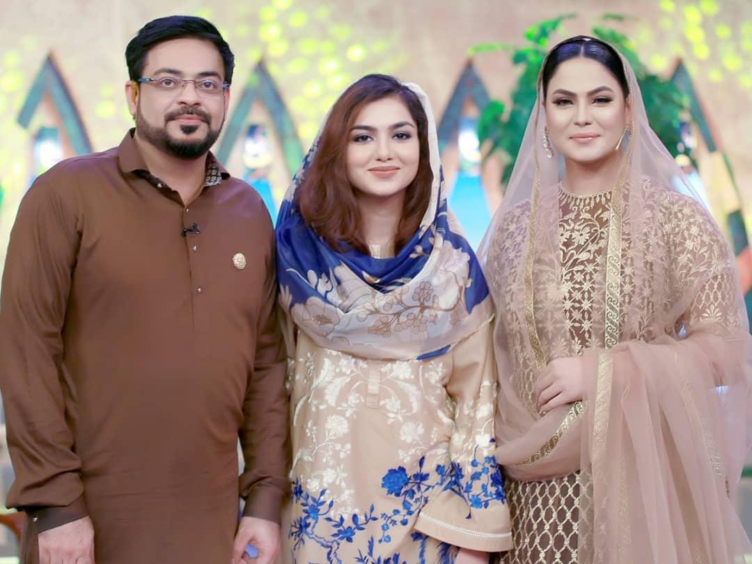 Syeda Tuba Amir and Veena Malik in Ptv Ramzan Transmission