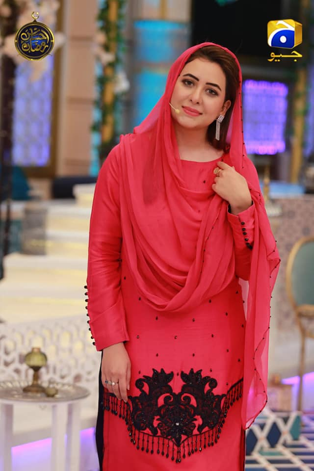 Awesome Host Rabia Anum with Celebrities Guest in Geo Tv Raman Transmission