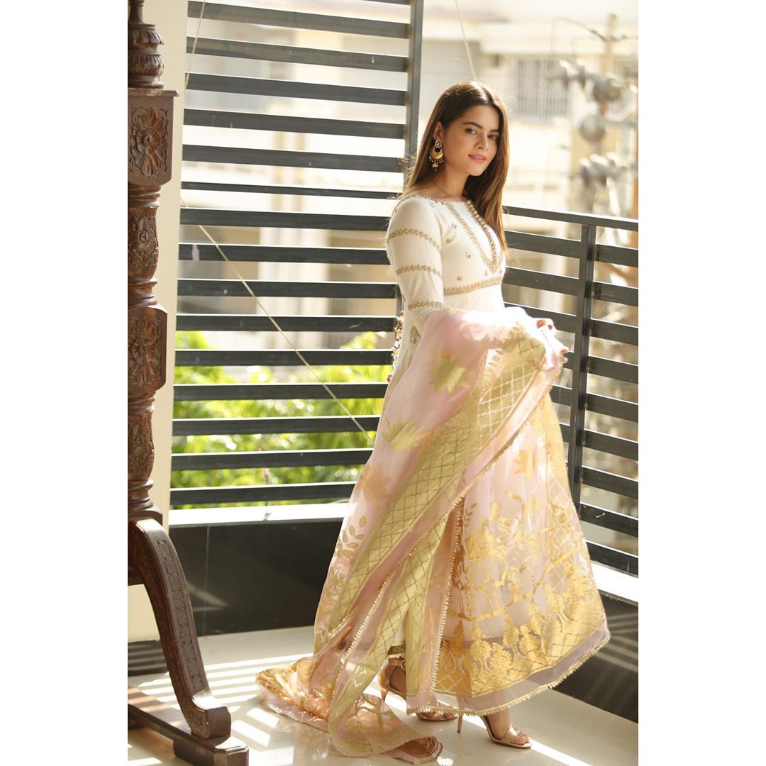 Awesome Minal Khan is looking Beautiful on Eid Day