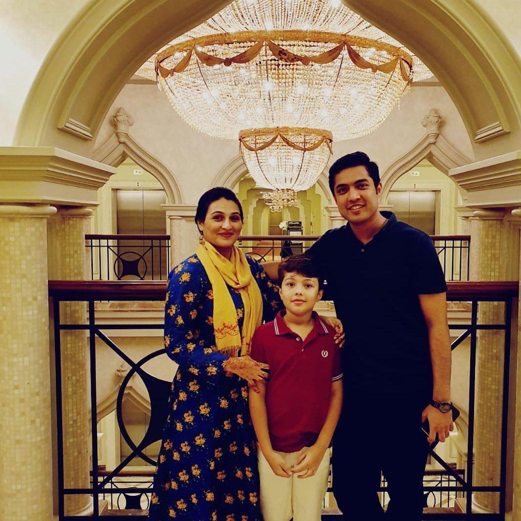Iqrar ul Hassan Celebrated Eid in Qatar with his Wife Qurat ul Ain