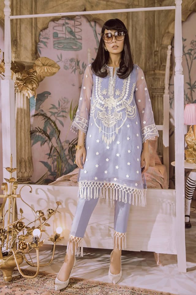 Stylish Luxury Lawn collection by Outfitters in Pakistan For Yr 2019