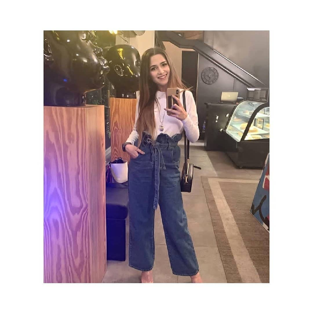 New Awesome Photos of Aima Baig in France