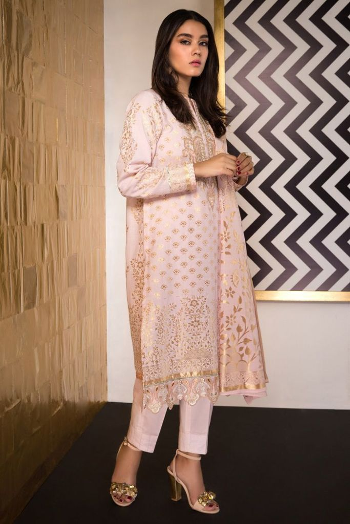 Stylish Eid Collection Launched by Sapphire