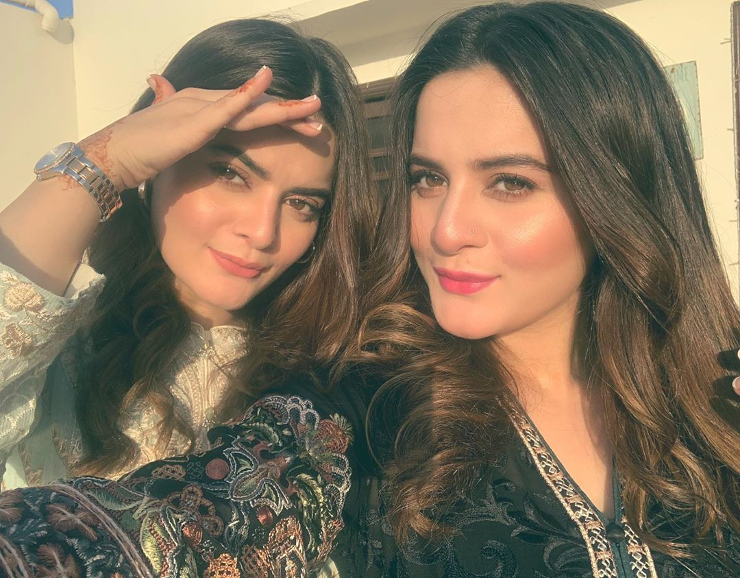 Sisters Aiman Khan and Minal Khan Celebrated Their Mother Birthday