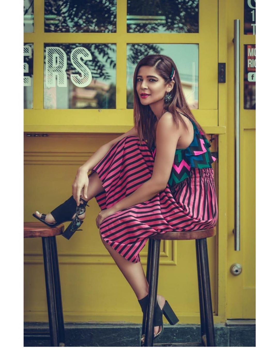 Fashion Icon Ayesha Omar Gorgeous Pictures with Cute Looks