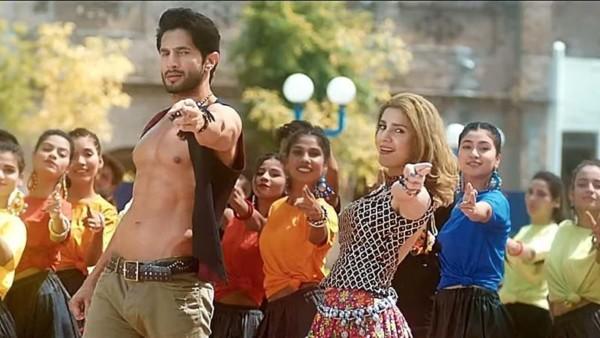 Dharak Bharak Song, Bilal Ashraf's Amazing Looks in Dharak Bharak Song from Superstar Movie