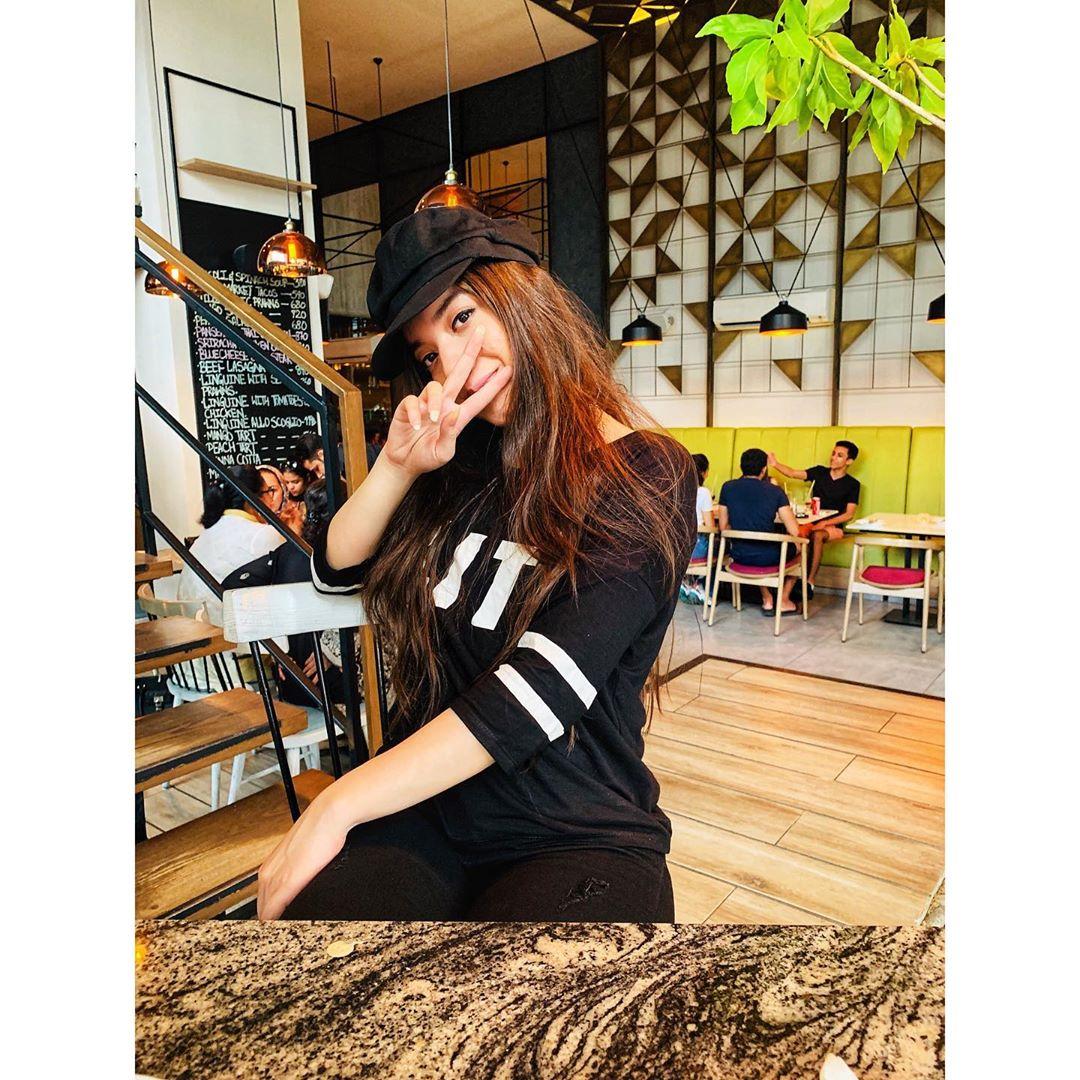 Beautiful Arisha Razi New Photos