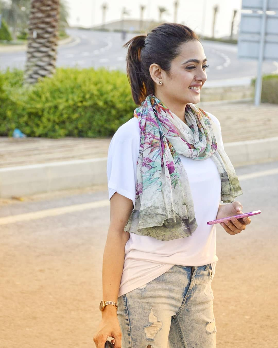 Gorgeous Suzain Fatima Click with Awesome Styles