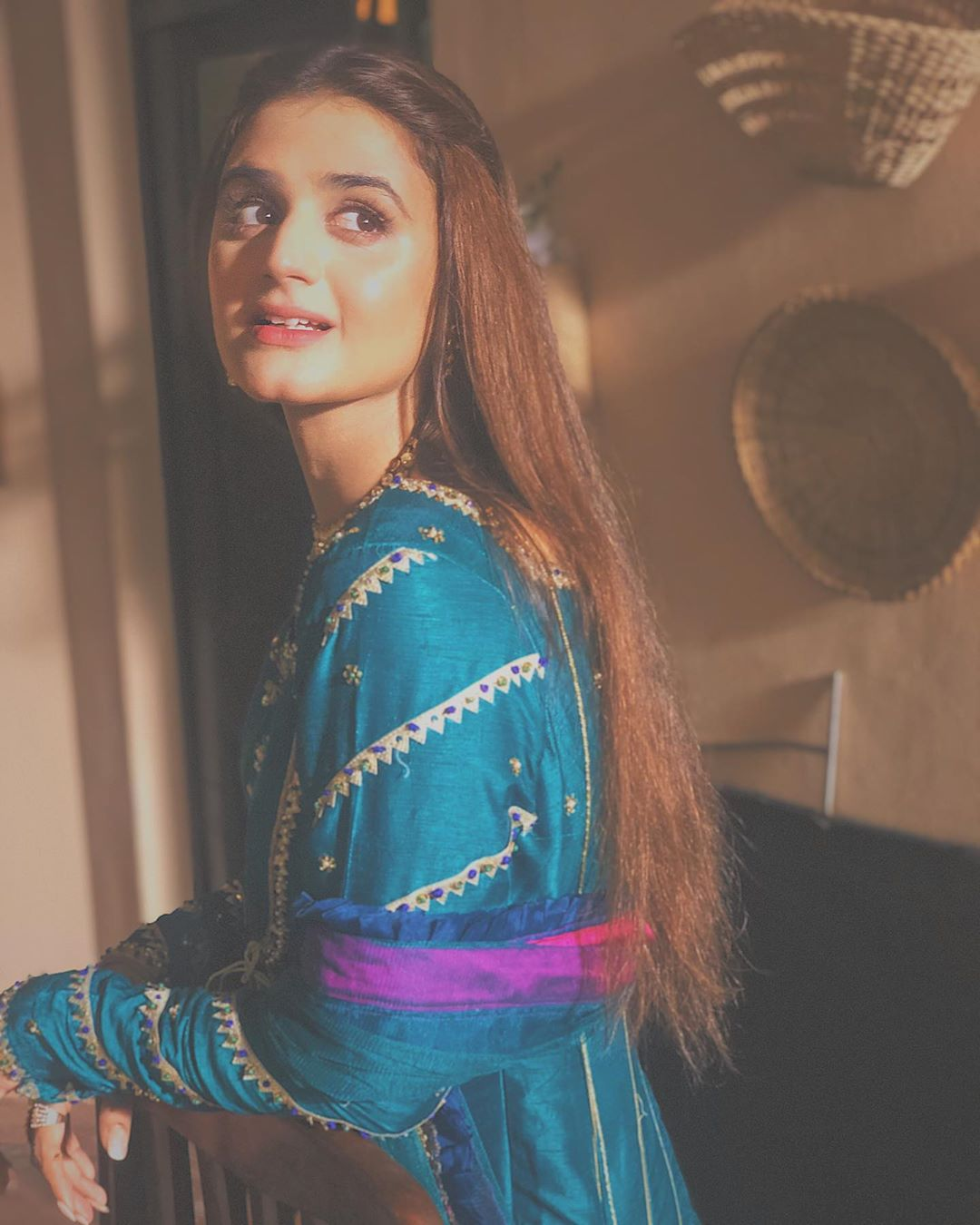 New Awesome Pictures of Actress Hira Mani