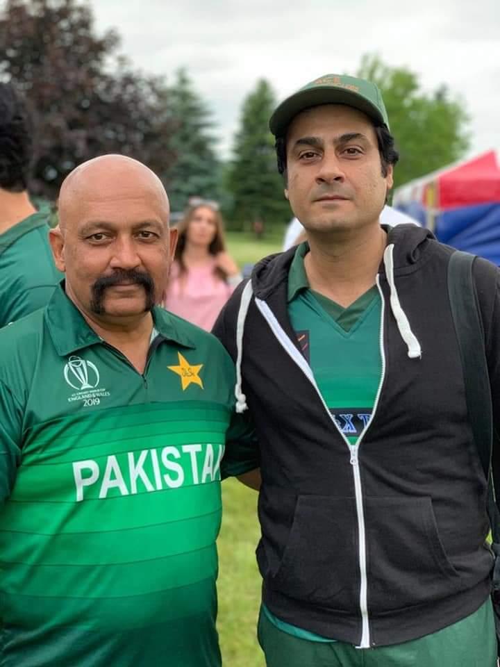 Pakistani Celebrities Playing Cricket 12