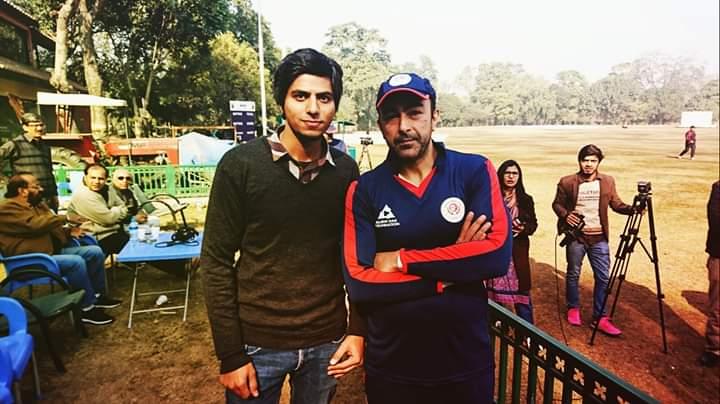 Pakistani Celebrities Playing Cricket 14