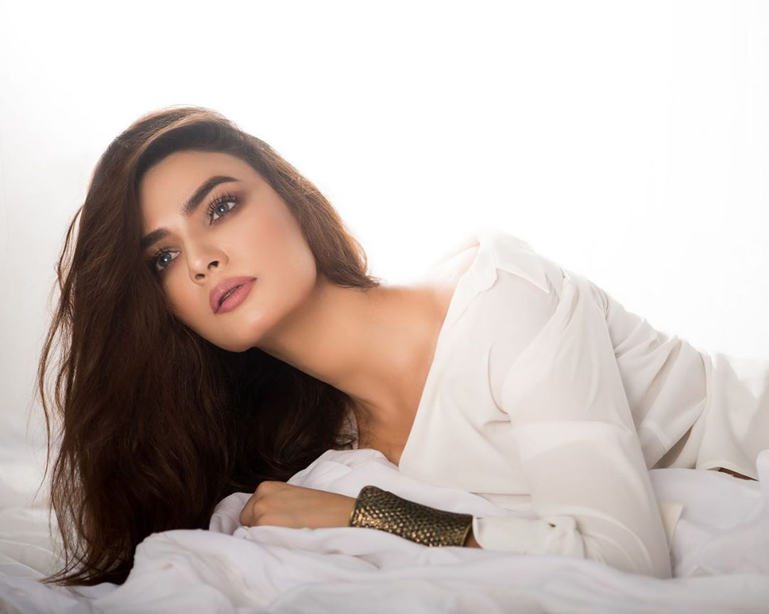 Awesome PhotoShoot of Actress Kiran Haq
