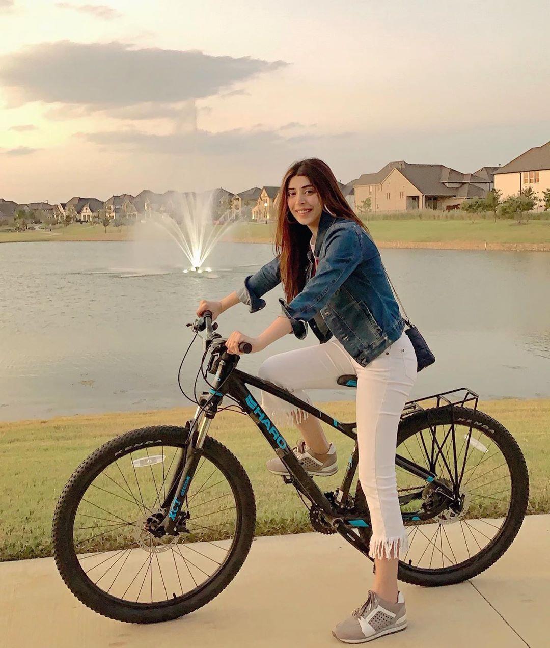 Latest Clicks of Actress Urwa Hocane from Texas USA