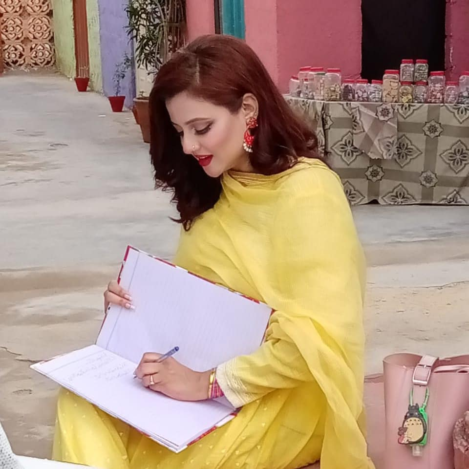 Actress Mizna Waqas From Serial Suno Chanda Blessed with a Baby Boy