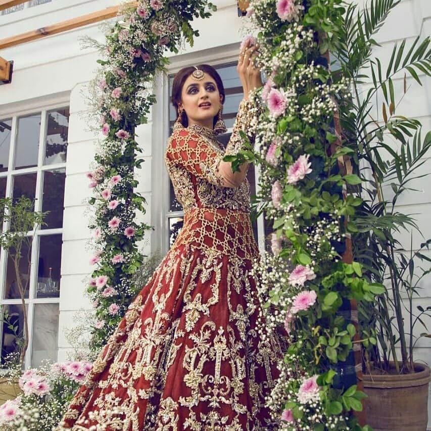 Gorgeous Hira Mani Looking Stunning in New Bridal Photoshoot