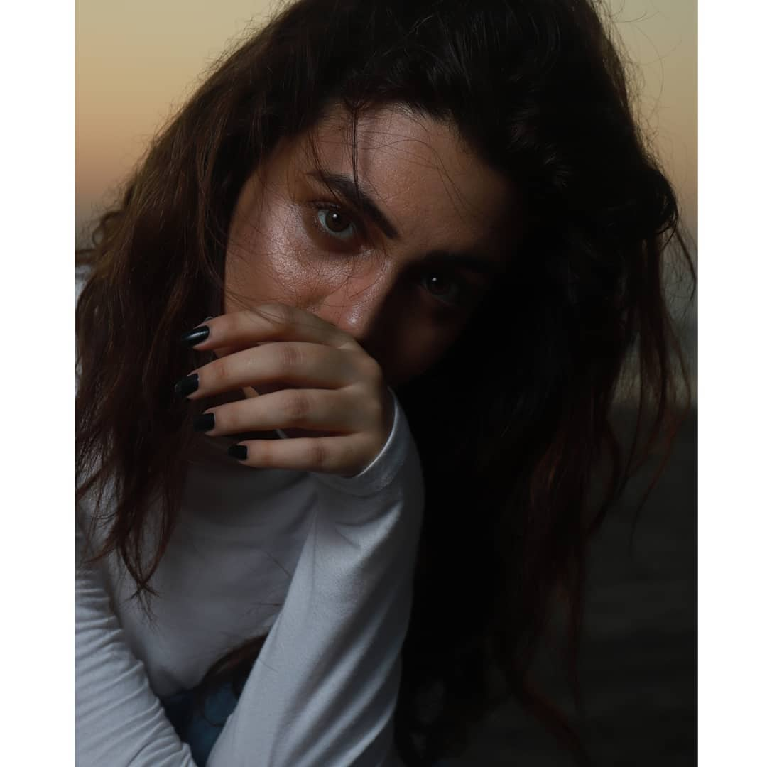 Zara Noor Abbas New Awesome Photoshoot
